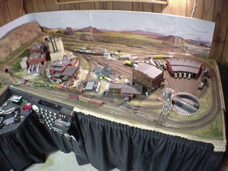 N Scale Model Railroad 1